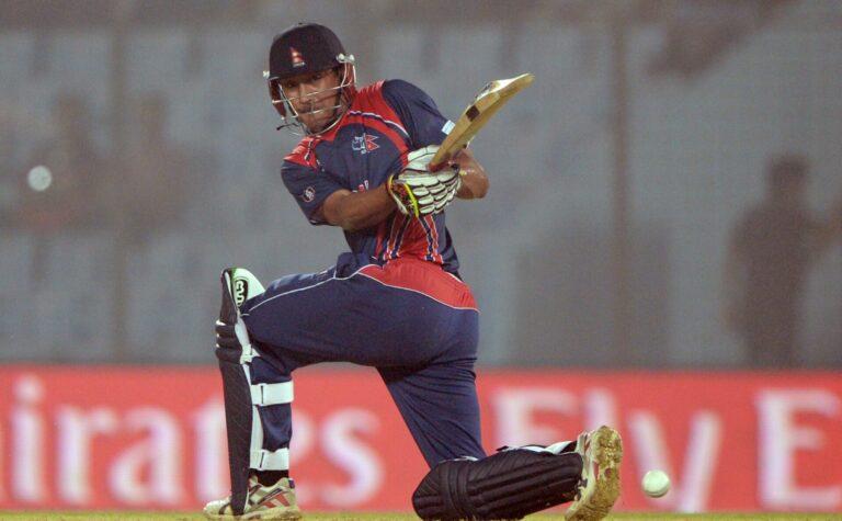 नेपाली क्रिकेट टोलीका पूर्ब कप्तान पारस खडका आईसीसीको दशक पुरस्कारको मनोनयनमा