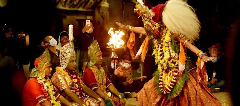 कोरोना कहरमा कात्तिक नाच : भगवान् विष्णुको तेस्रो अवतार वराहको प्रदर्शन