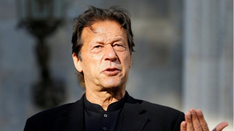 पाकिस्तानका प्रधानमन्त्री इमरान खानलाई कोरोना सङ्क्रमण