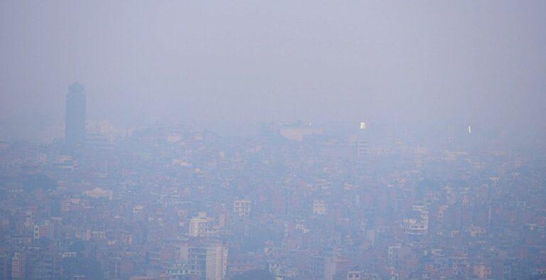 काठमाडौंमा उच्च वायुप्रदूषण:विमानस्थलमा भिजिबिलिटी कम हुँदा दुई दिनदेखि उडान प्रभावित